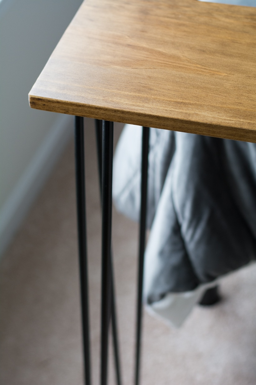 Leftover pine diy hairpin leg console table by brittany for Attaching hairpin legs