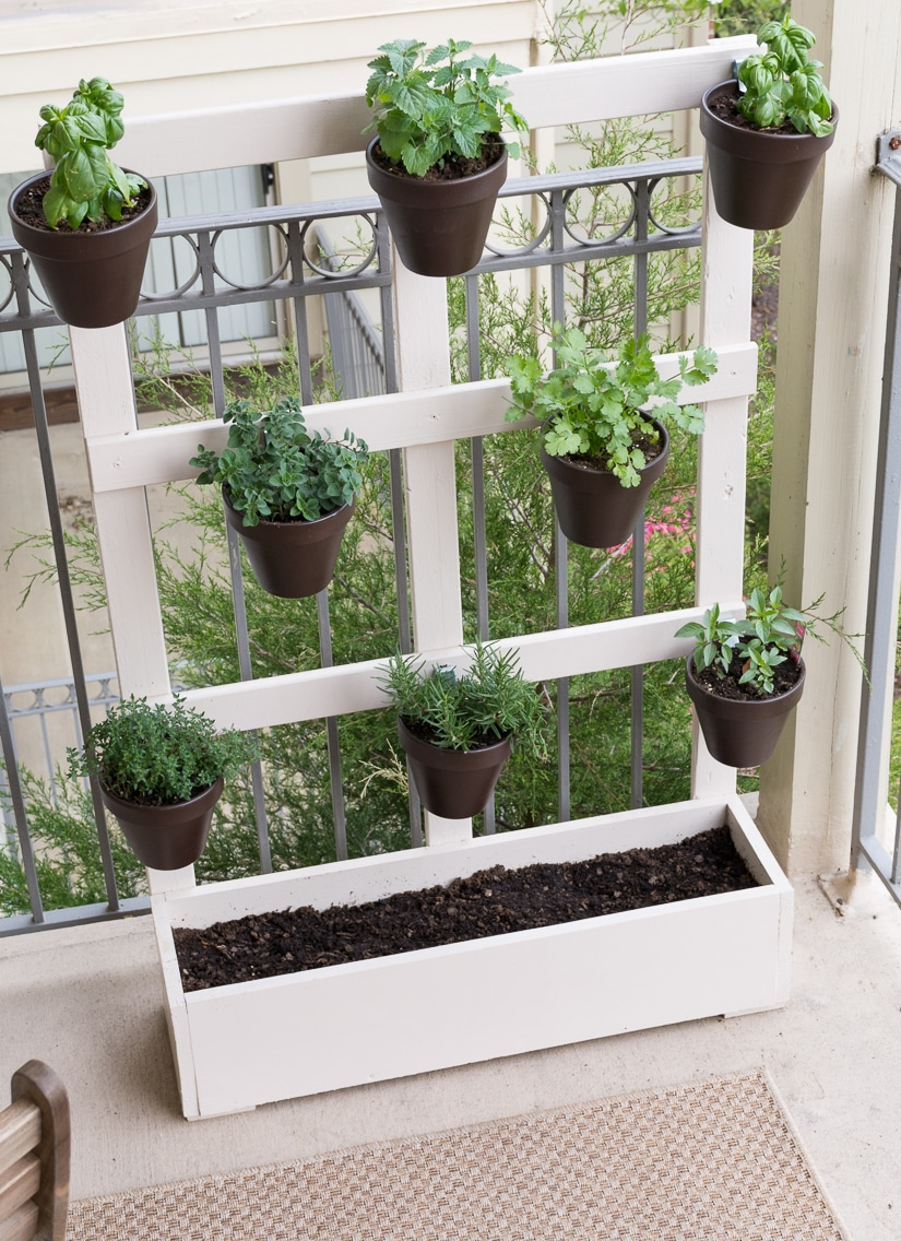 How to build a vertical balcony garden for Uses of balcony