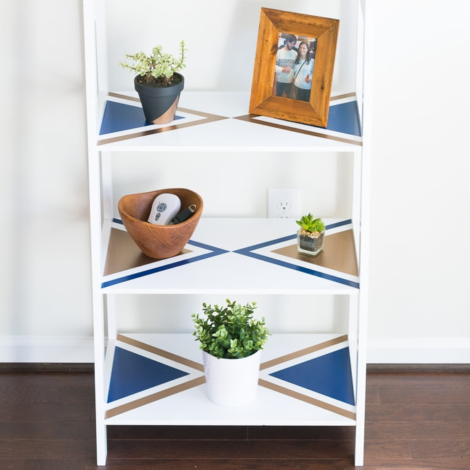 Geometric painted ladder shelves DIY, such an easy way to customize a set of plain white shelves!
