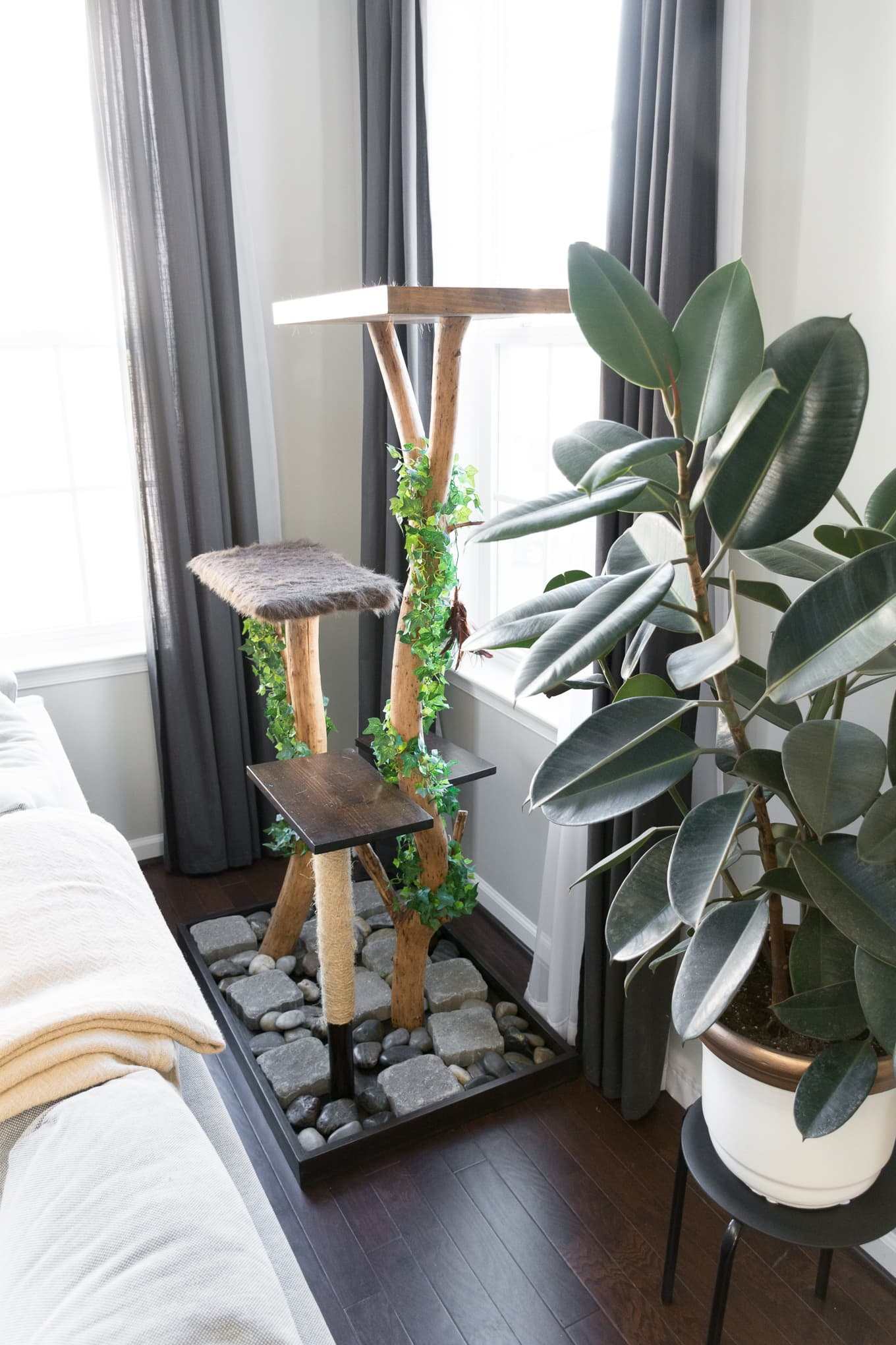 DIY cat tree using real branches