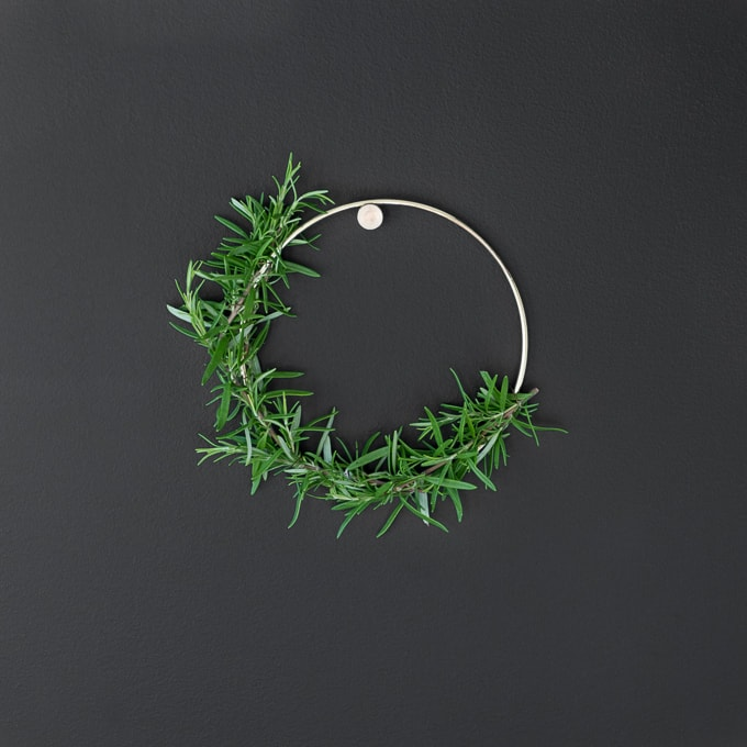 How to Make a Small Rosemary Wreath