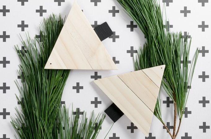 DIY Paint Stirrer Christmas Tree Ornaments #diy #ornaments #christmasornaments #upcycle #woodworking #crafts #christmascrafts
