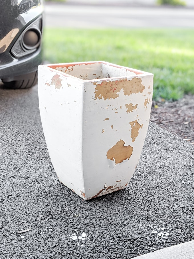 How to remove old peeling paint from an outdoor terracotta pot