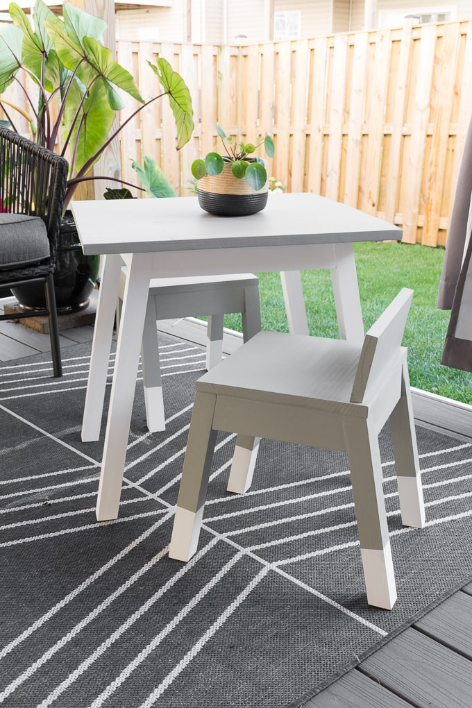 modern outdoor kids table build plans