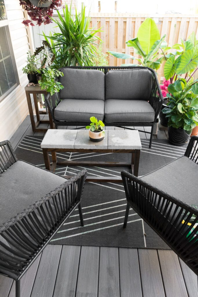 Small Townhouse Patio Ideas and My Gorgeous Tiny Backyard! on Townhouse Patio Design Ideas id=81924