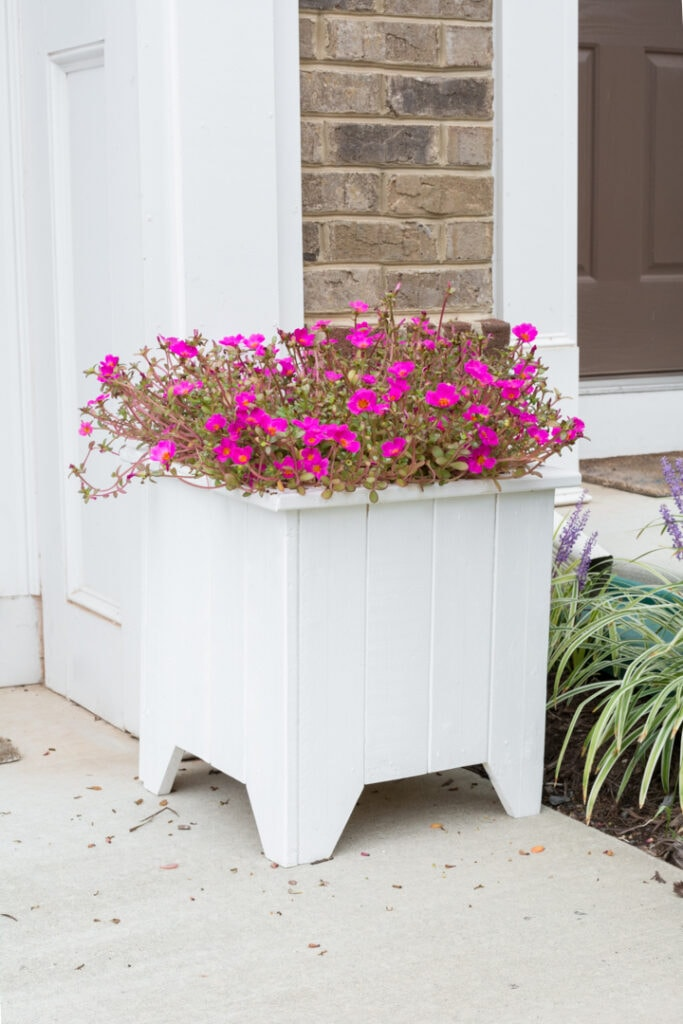 Wooden porch planter box DIY
