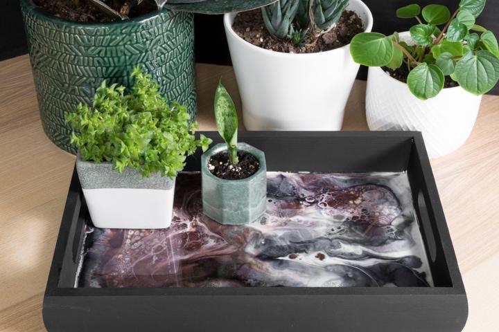 diy wood and resin tray