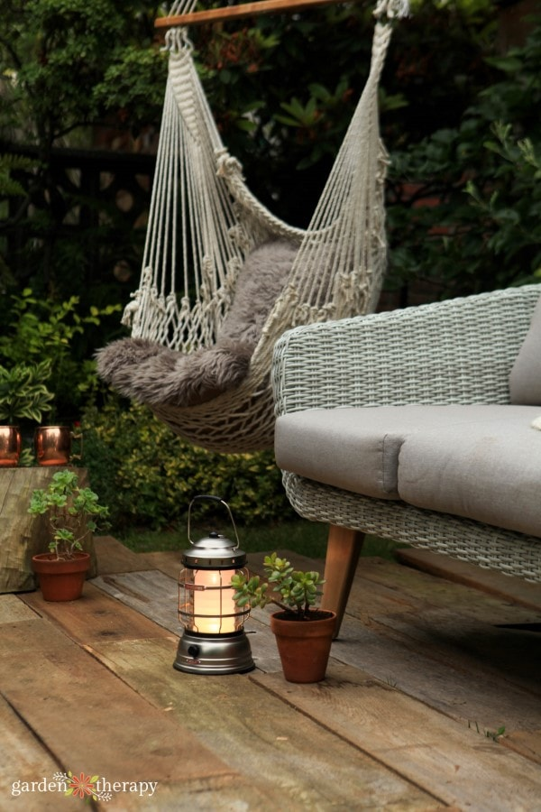 cozy outdoor living space by Stephanie Rose from Garden Therapy