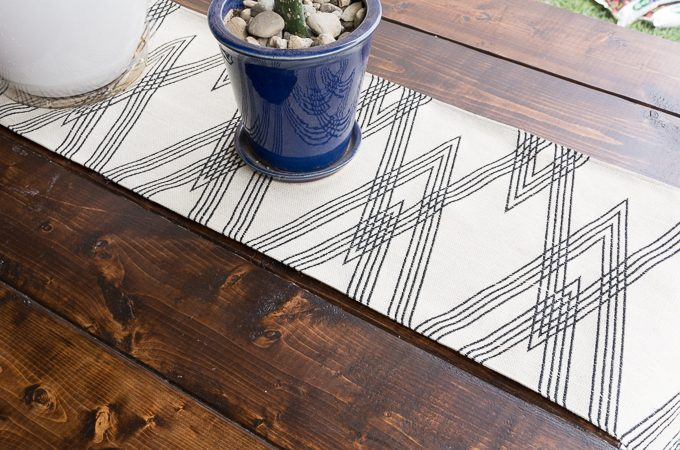 DIY Outdoor Table Runner (or Any Table, Really)