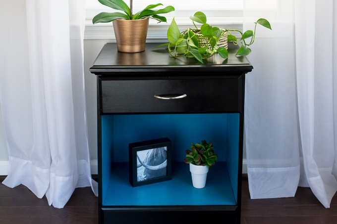 Bold nightstand makeover using DecoArt Americana Decor Satin Enamels in Classic Black and True Teal