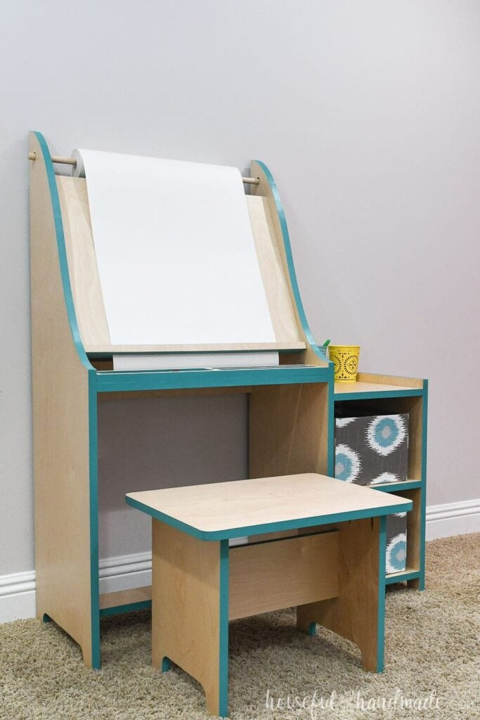 DIY art easel from plywood