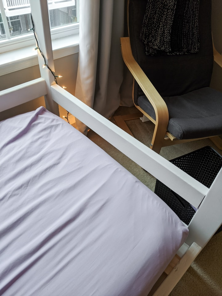 footboard of the DIY bed