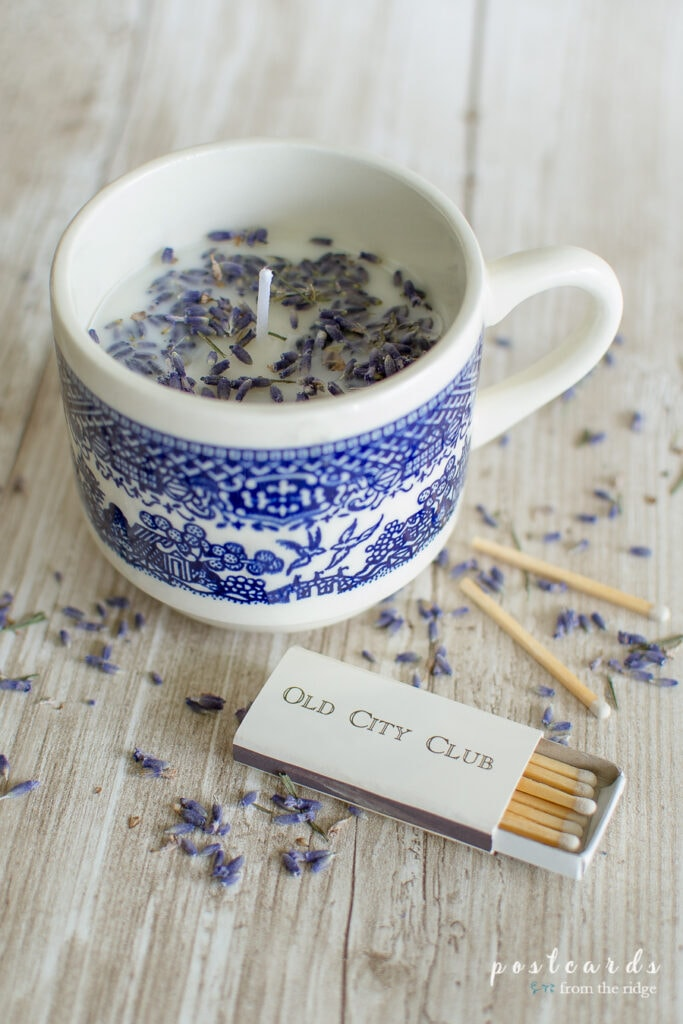 DIY soy candle with lavender in a mug