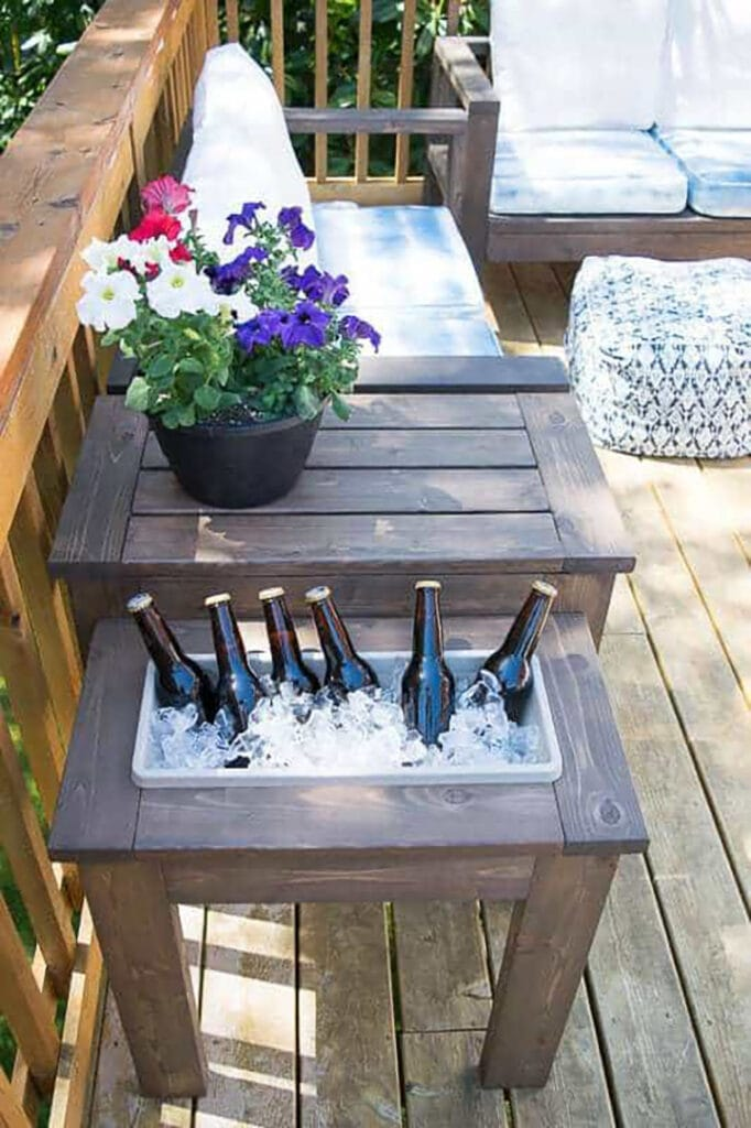 Outdoor End Table With Built-in Ice Bucket