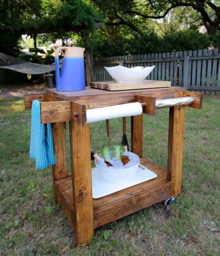 DIY outdoor grill cart