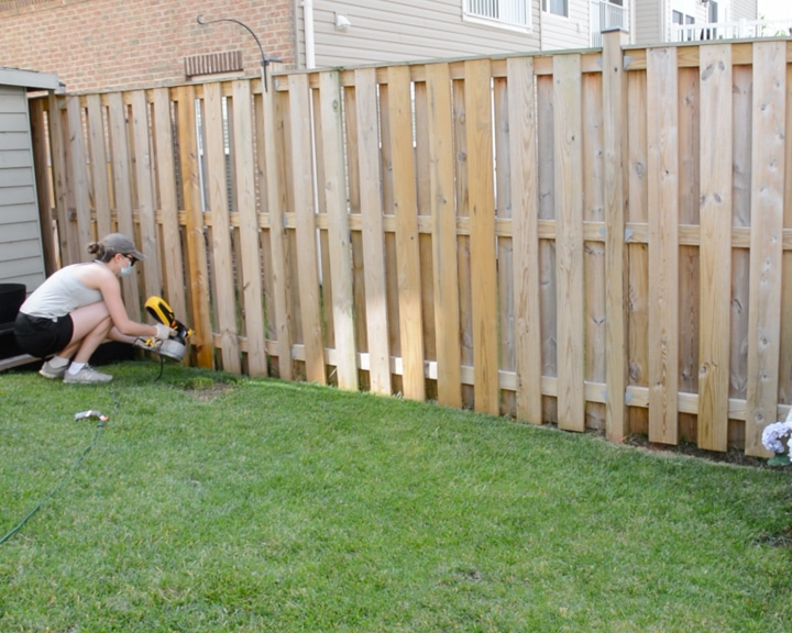 Staining a Fence with ReadySeal Natural Light Oak