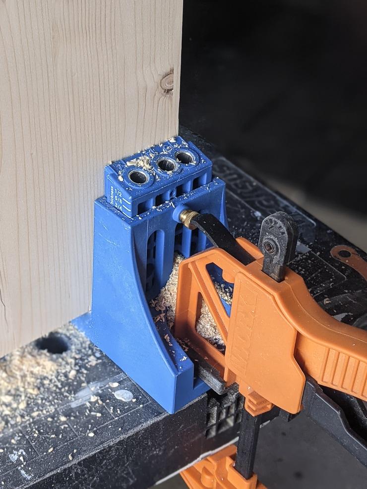 drilling pocket holes using a KregJig K4