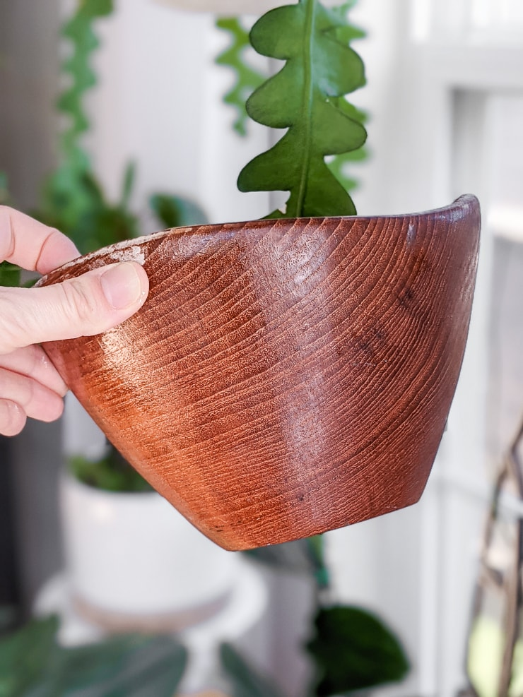 how to restore a wooden bowl with mineral oil and beeswax