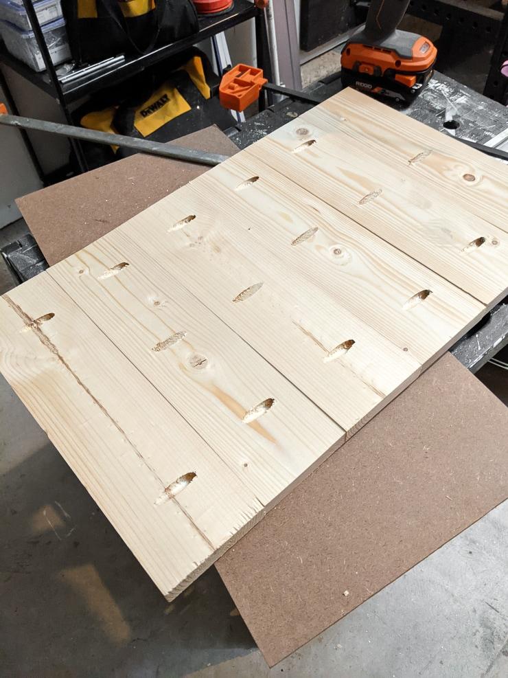 joining wood planks together using pocket holes