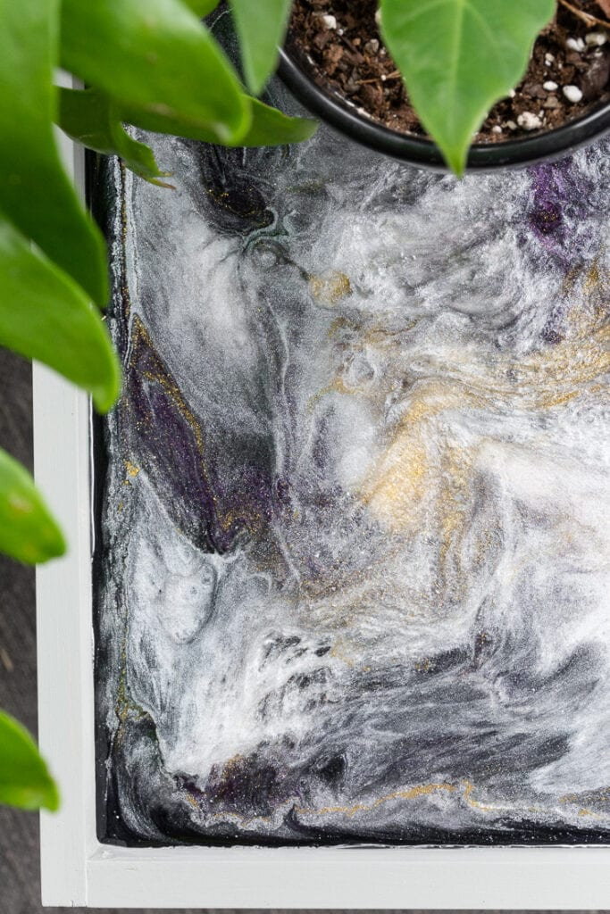 Small outdoor side table plans with an epoxy resin glitter table top